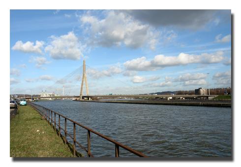Pont de wandre 03.jpg
